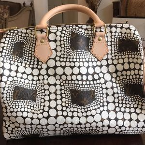 Brand New Louis Vuitton White Kusama Speedy Bag